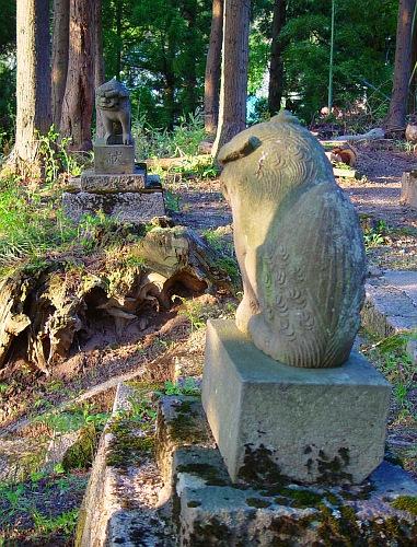 小国沢神社の狛犬(地震前)